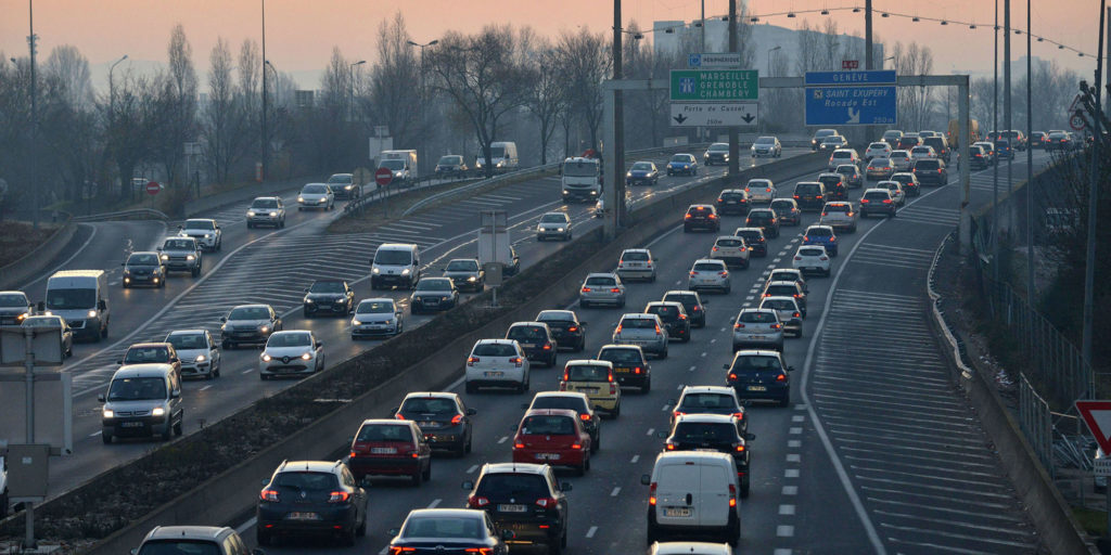 Image of traffic jams on the Paris ring road